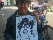Foto van vrouw met tekening